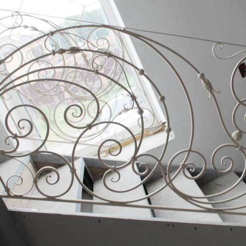 Внутренние лестничные кованые перила - 03.