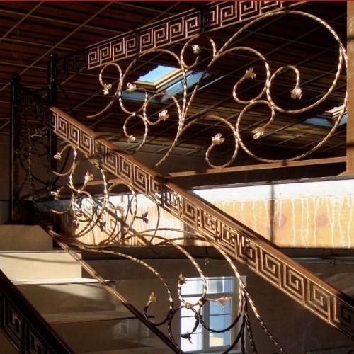 Внутренние лестничные кованые перила - 11.