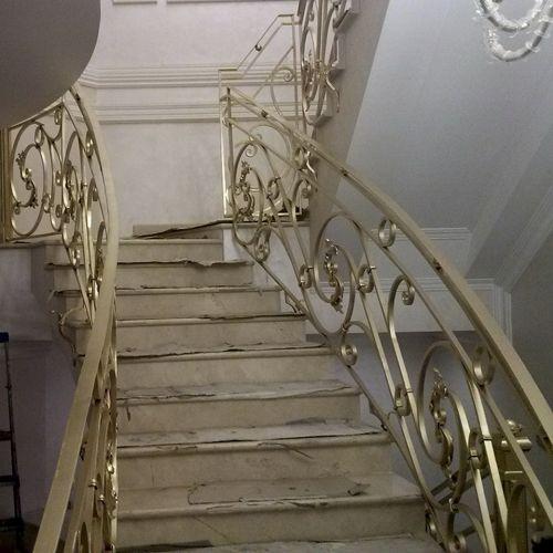 Внутренние лестничные кованые перила - 23.