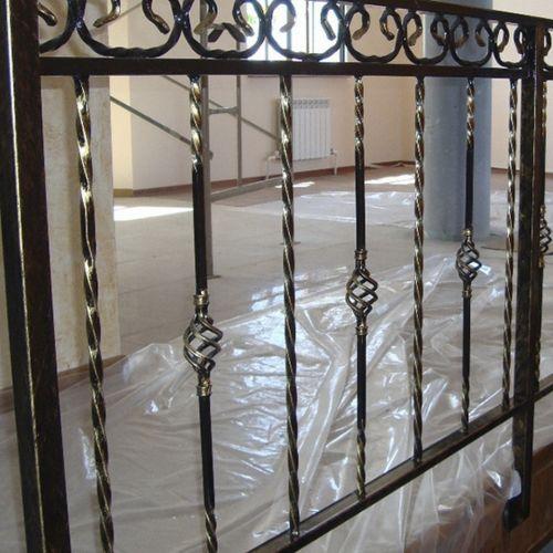 Внутренние лестничные кованые перила - 35.