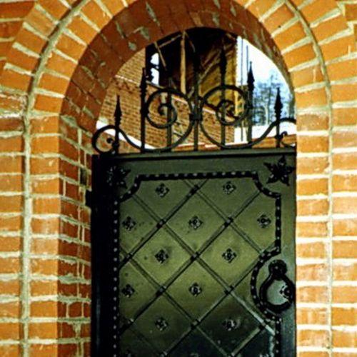Кованые ворота и калитка - 10.
