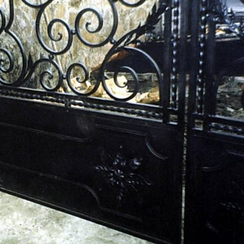 Кованые ворота и калитка - 12.