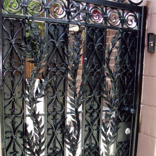 Кованые ворота и калитка - 26.