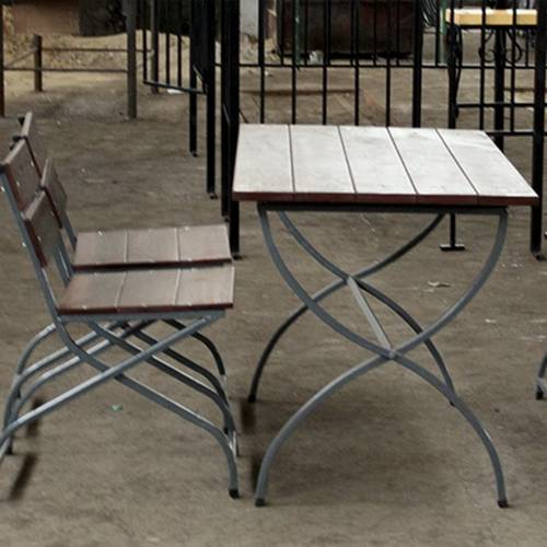 Кованый стол и стулья - 10.
