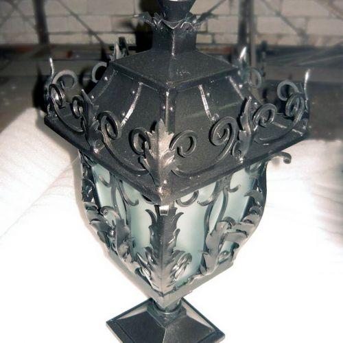 Кованый фонарь - 04.