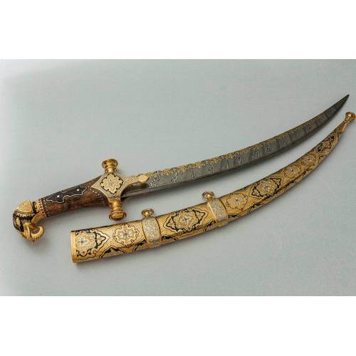 Бебут малый «Бабура», сталь контрастный дамаск (65Г-Х12МФ1), никель, золото, чернение, фианиты, литье, рукоять орех